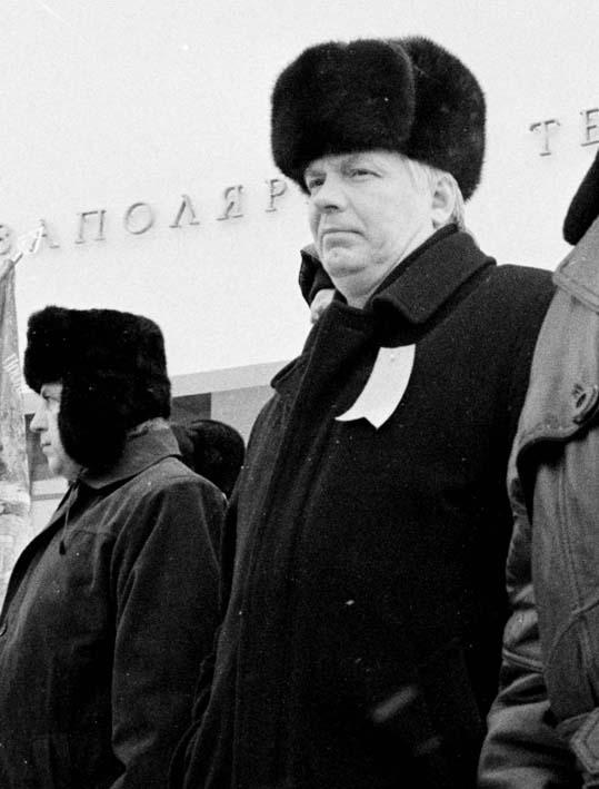 Мельников в середине 2002г