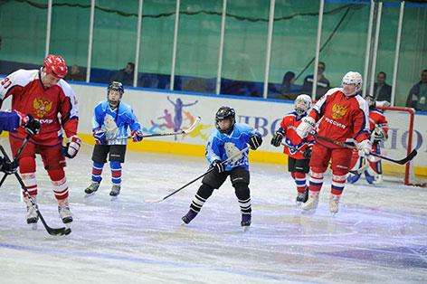 Хоккей-4